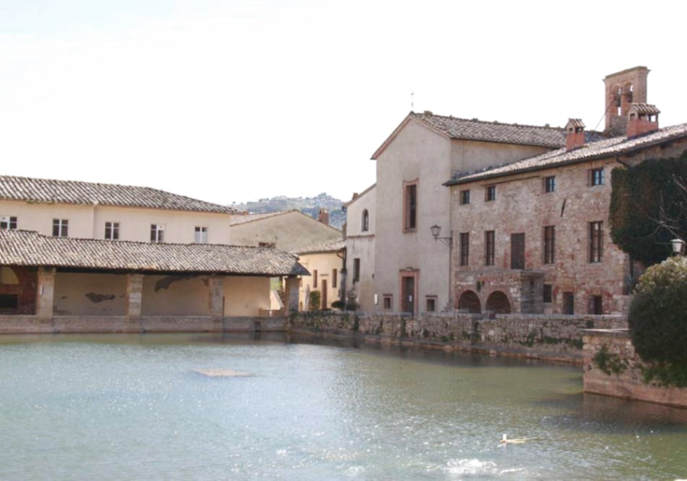 The Magic of Bagno Vignoni A medieval village Tamagnini Luxury Real ...